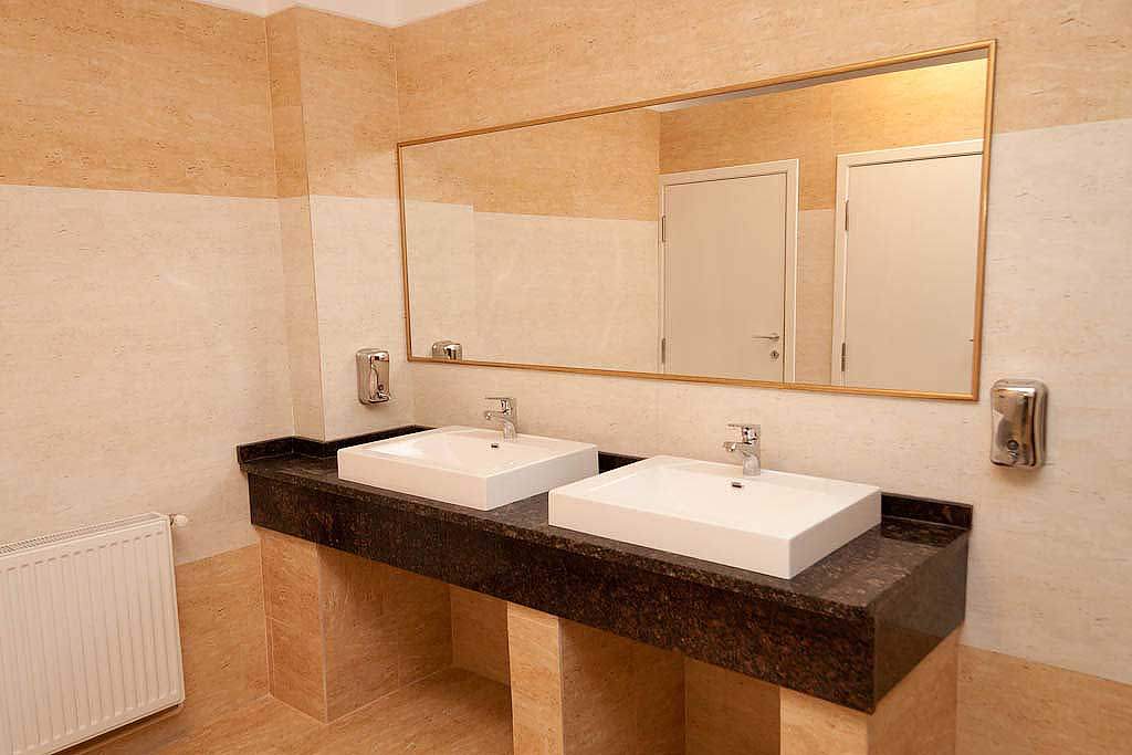 toaleta restaurantului hanul rascruce